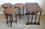 Stolek se třemi menšími skládacími stolky (4).JPG