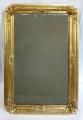 Zlacené zrcadlo z období druhého rokoka (1).JPG