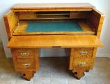 Psací stůl s výsuvnou psací deskou - Pozdní Biedermeier (3).JPG