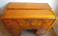 Psací stůl s výsuvnou psací deskou - Pozdní Biedermeier (7).JPG