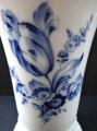 Váza s kobaltovým tulipánem - Míšeň (3).JPG