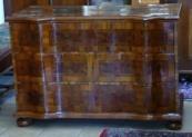 Barokní komoda