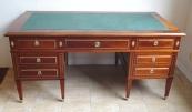 Reprezentativní psací stůl ve stylu Direktorium a Ludvíka XVI.