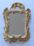 Menší zrcadlo s řezanou mušlí