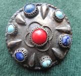 Brož stříbrná tepaná s kamínky