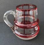 Malý rubínový džbánek skleněný
