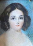 Miniatura děvčátka ve zlaceném rámečku - Monogram K. I.