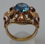 Prstýnek zlatý se světle modrým kamínkem