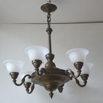 Chandelier with six shoulders and squares