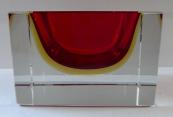 Hranatá miska s rubínovým a žlutým sklem - Murano