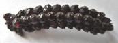 Granátová brož ve tvaru jehnědy
