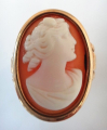 Zlatý prsten s kamejí (4).JPG