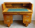 Psací stůl s výsuvnou psací deskou - Pozdní Biedermeier (2).JPG