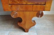 Psací stůl s výsuvnou psací deskou - Pozdní Biedermeier (6).JPG
