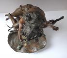 Secesní socha dívky u jezírka (4).JPG