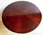 Kulatý sklápěcí mahagonový stůl - Biedermeier (6).JPG