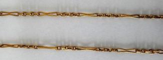 Zlatý dlouhý řetízek s kytičkou (4).JPG