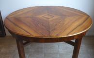 Jídelní stůl se čtyřmi židlemi a dvě křesla (1).JPG