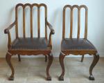 Jídelní stůl se čtyřmi židlemi a dvě křesla (4).JPG
