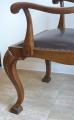 Jídelní stůl se čtyřmi židlemi a dvě křesla (6).JPG