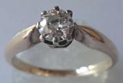 Prsten ze žlutého zlata s briliantem (1).JPG