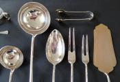 Stříbrné příbory pro šest osob, v dřevěné kazetě (4).JPG