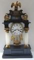 Sloupkové hodiny se lvi a orlem - biedermeier (1).JPG