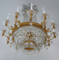 Luxusní lustr ze zlaceného bronzu, s broušenými ověsky (5).JPG