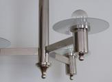 Chromovaný lustr se třemi rameny a skleněnými talířky (3).JPG