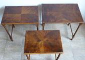 Tři stolky, hnízdové - tordované sloupky (5).JPG
