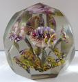 Těžítko s pěti barevnými žíhanými květy, s fazetami (1).JPG