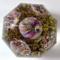 Těžítko s pěti barevnými žíhanými květy, s fazetami (4).JPG
