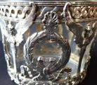 Stříbrná a skleněná dóza, empírový ornament - Weinranck & Schmidt, Hanau (3).JPG