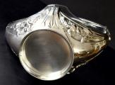 Stříbrný secesní košíček, se skleněnou miskou (7).JPG