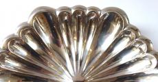 Stříbrná mísa ve tvaru květu (3).JPG