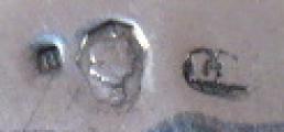 Stříbrná mísa ve tvaru květu (5).JPG