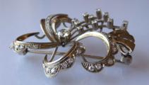 Brož s bílého zlata, s diamanty a brilianty - 1,15 ct (3).JPG