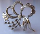 Brož s bílého zlata, s diamanty a brilianty - 1,15 ct (4).JPG