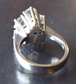 Luxusní prsten z bílého zlata, s diamanty briliantového brusus (4).JPG