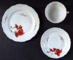 Šálek, podšálek a talířek, s čínským drakem - Dresden (3).JPG