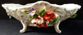 Rokoková miska s reliéfními květy - Drážďany (1).JPG