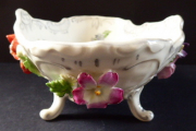 Rokoková miska s reliéfními květy - Drážďany (3).JPG