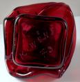 Autorský objekt z rubínového skla - Karel Wünsch, rok 1979 (5).JPG