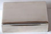 Stříbrná krabička s mahagonovým dřevem - Rumunsko, Muntenia (1).JPG