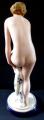 Nahá dívka, toaleta - Elly Strobach, Royal Dux (3).JPG