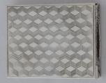 Stříbrná pudřenka se rtěnkou (2).JPG