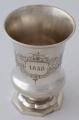 Stříbrný pohárek s hlavou psa, z roku 1858 (2).JPG