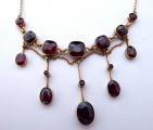 Secesní zlatý náhrdelník s broušenými granáty (4).JPG