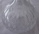Broušená skleněná karafa se stříbrným hrdlem (4).JPG