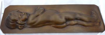 Bronzový reliéf nahého dítěte (1).JPG